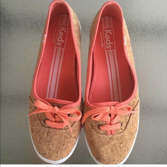 Keds Womens Teacup Cork Sneakers Sz 7.5 EUC